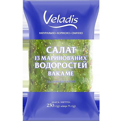 Салат из маринованных водорослей Вакаме